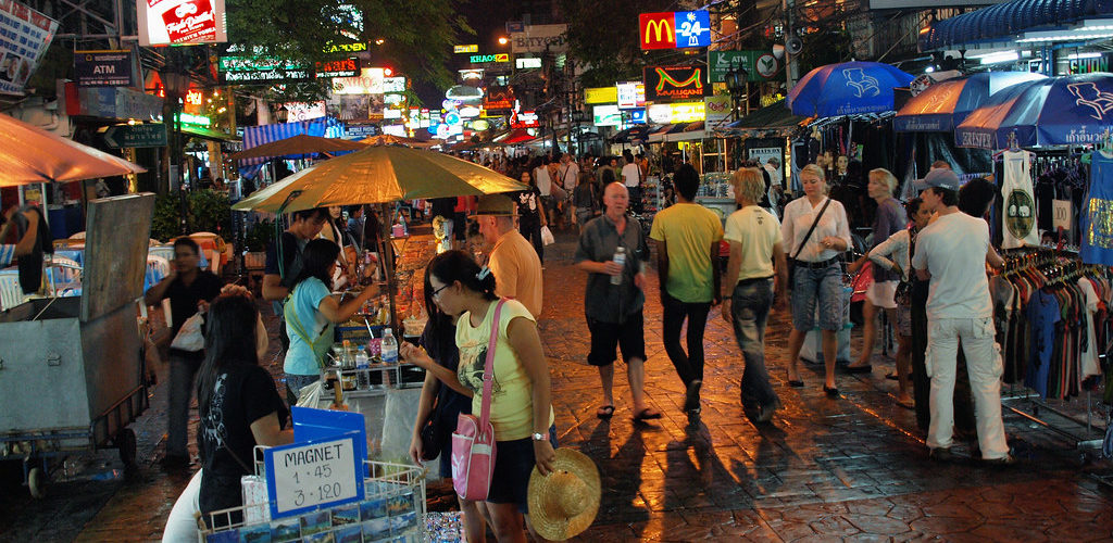 Best Bangkok Spots for Midnight Food Trips